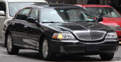 Luxury Sedan:3 passengers